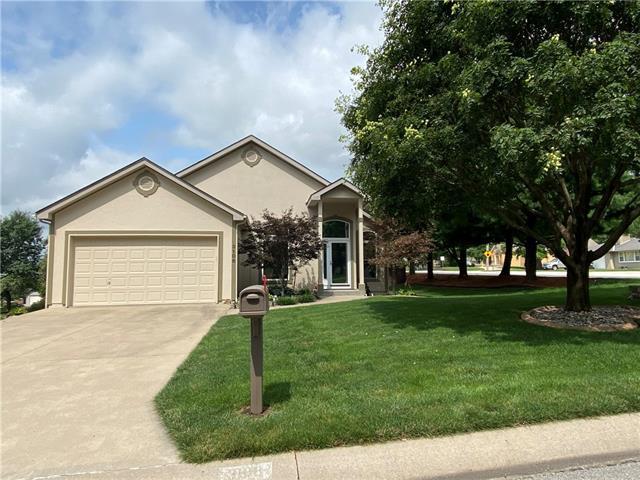 3108 S Cochise Avenue Property Photo