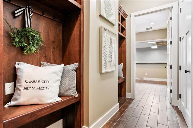 25105 E 101st Street Property Photo 17