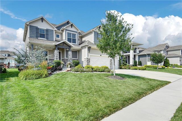 W 9116 178 Street Property Photo