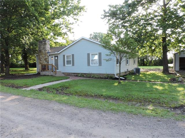 1392 E 2000 Road Property Photo