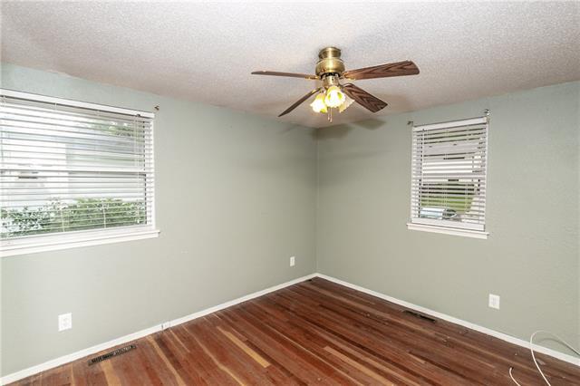 N 4231 Drury Avenue Property Photo