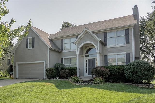 Amesbury Lake Windsor Ridge Real Estate Listings Main Image