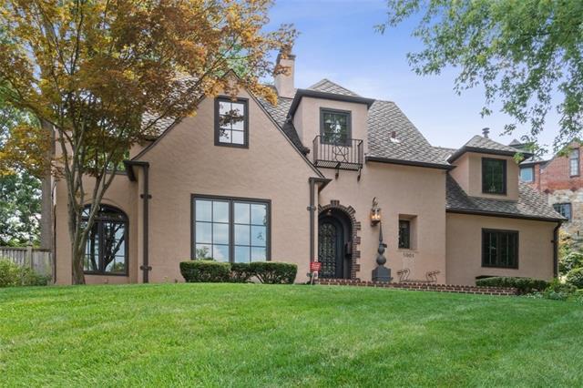 5001 Sunset Drive Property Photo 1
