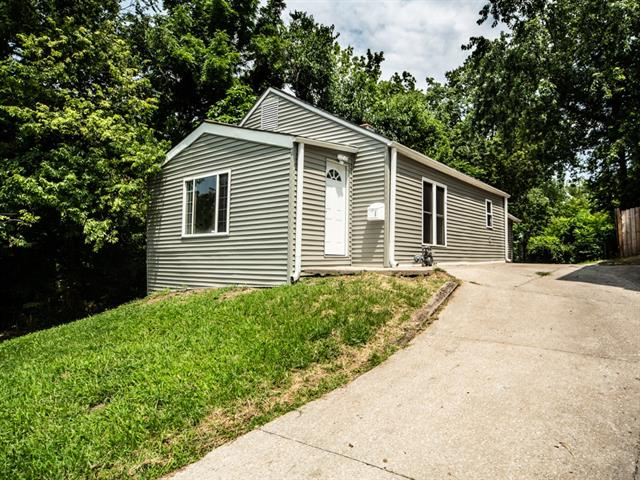 411 S Tennessee Avenue Property Photo