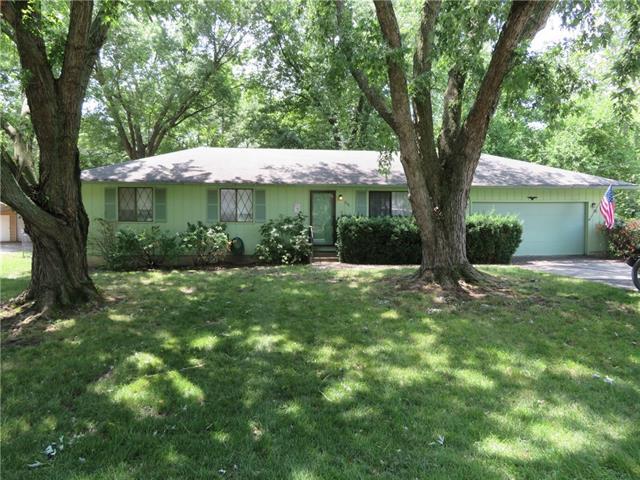 200 Linden Circle Property Photo