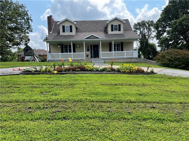410 White Oak Dr Drive Property Photo