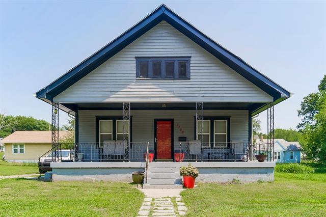 2109 N 11th Street Property Photo 1
