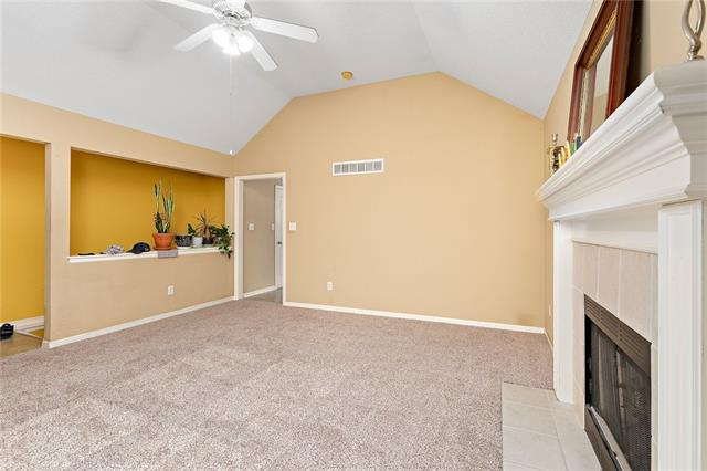 N 435 Queen Ridge Avenue Property Photo 4