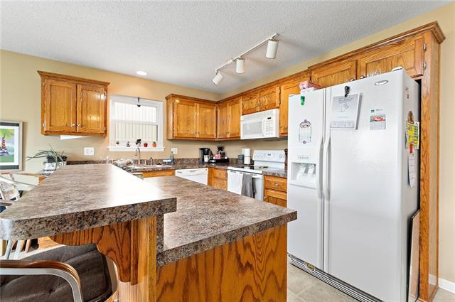 N 435 Queen Ridge Avenue Property Photo 9