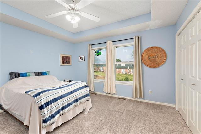 N 435 Queen Ridge Avenue Property Photo 10