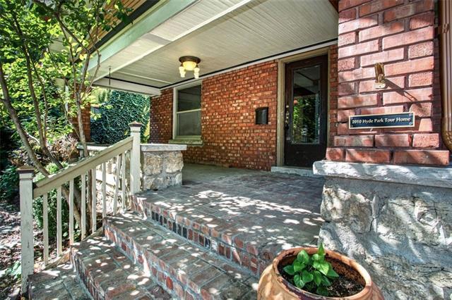 3900 Charlotte Street Property Photo