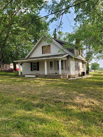 484 E Main Street Property Photo 1