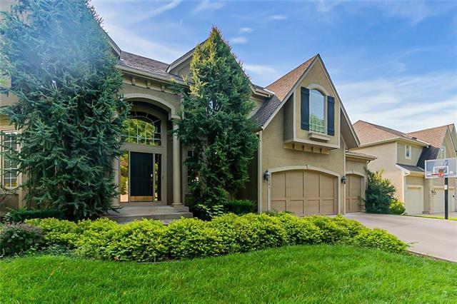 15001 Dearborn Street Property Photo