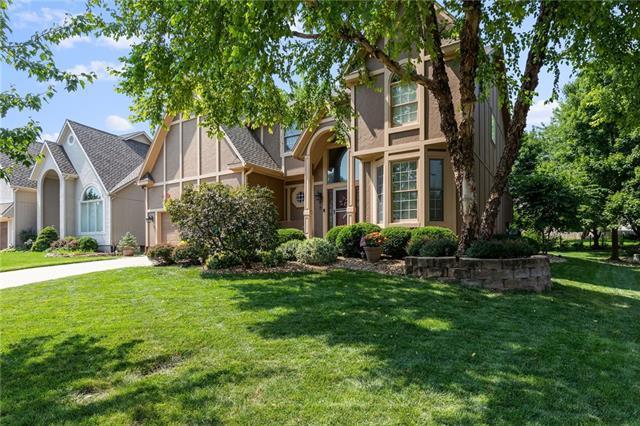Bentwood Park Real Estate Listings Main Image