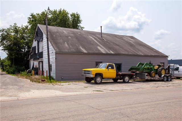 129 Locust Street Property Photo