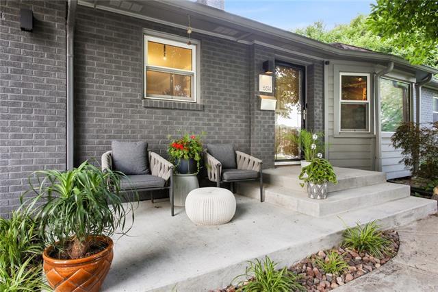 5514 W 62nd Street Property Photo