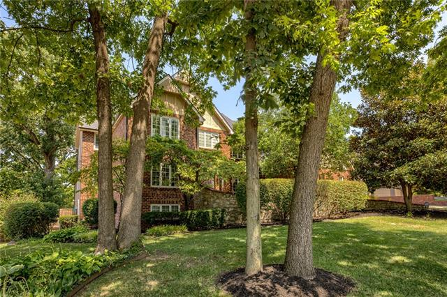 8332 Maplewood Drive Property Photo 1