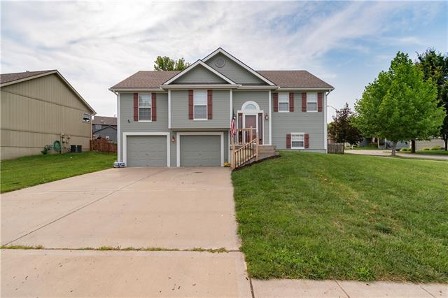 10908 N Sycamore Avenue Property Photo