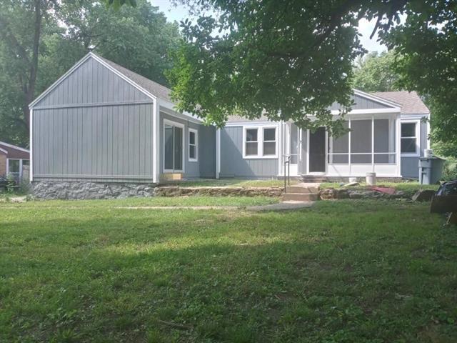 9050 E 68th Terrace Property Photo 1