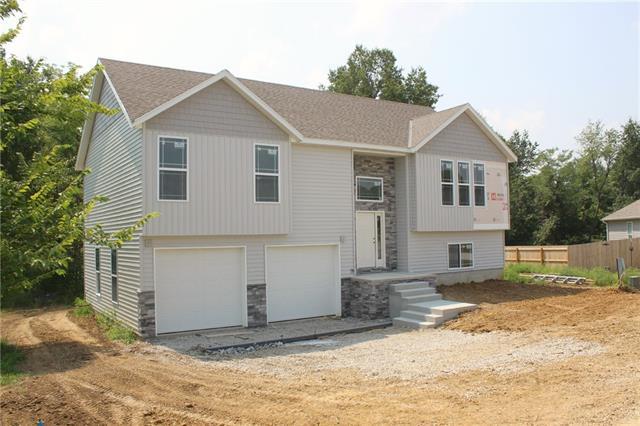 152 Se 225 Road Property Photo 1