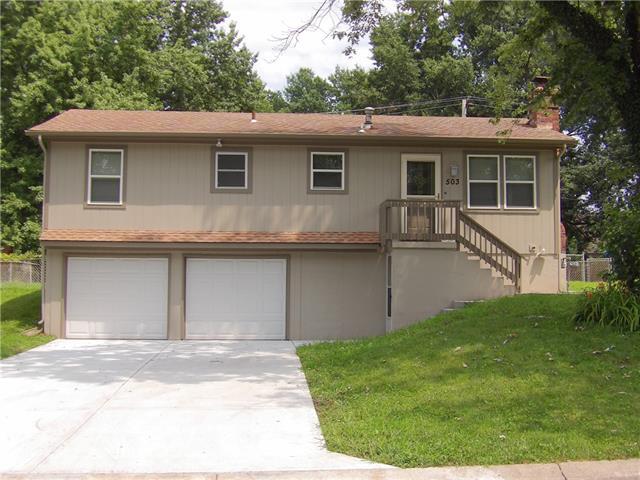 503 Ne Castle Drive Property Photo