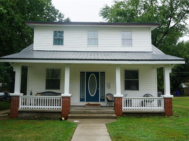 1614 E 7th Street Property Photo