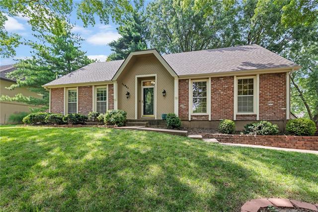 11641 W 101st Street Property Photo