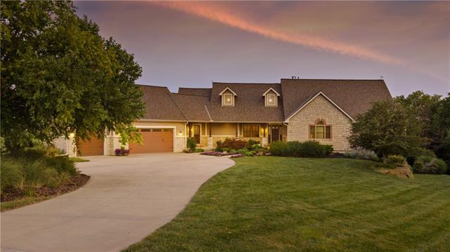 15405 161st Street Property Photo