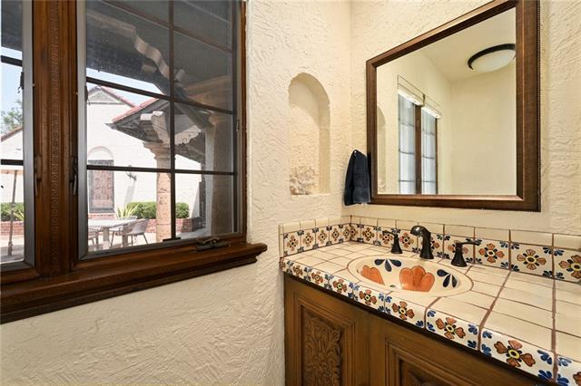 Nw 217 Locust Street Property Photo 30