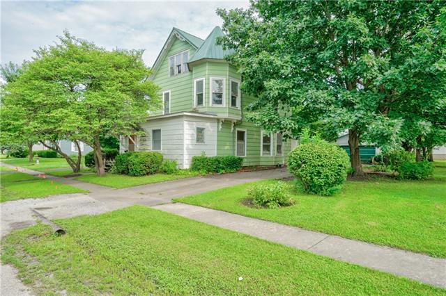 202 E 4th Street Property Photo