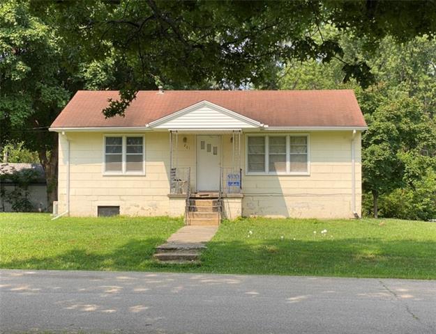 201 S Olive Street Property Photo