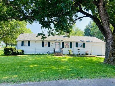 418 E Cass Street Property Photo