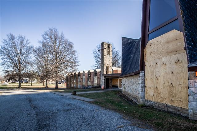 7205 Longview Road Property Photo