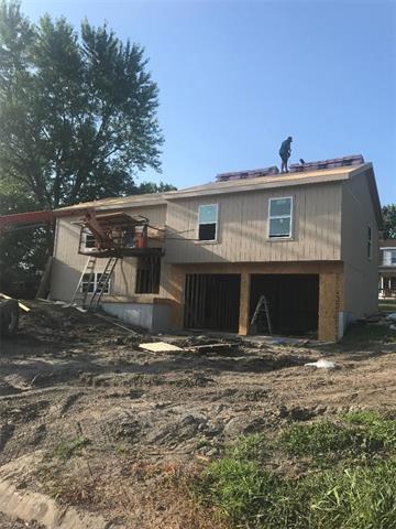 402 Lynn Street Property Photo