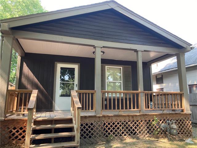 5830 E 15th Terrace Property Photo