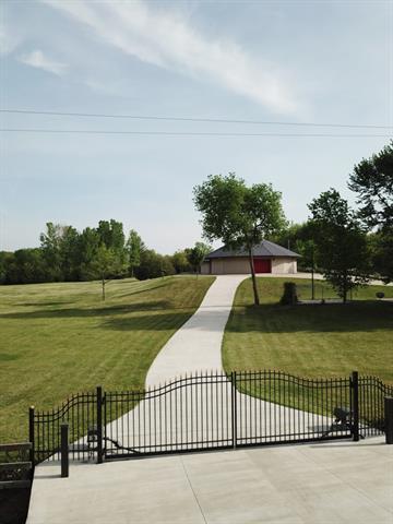 7017 Nw Valencia Road Property Photo