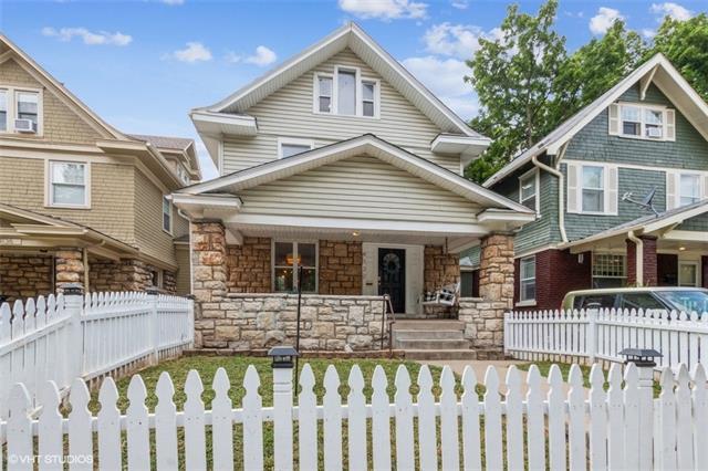 4132 Charlotte Street Property Photo