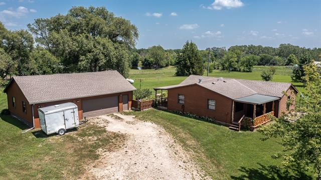 21570 Mclouth Road Property Photo