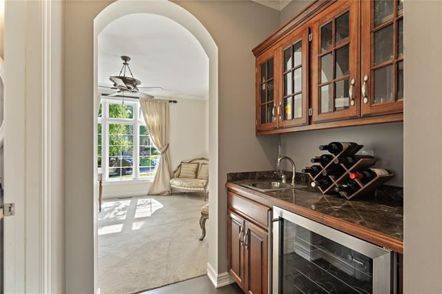 728 Winterwalk Lane Property Photo 19