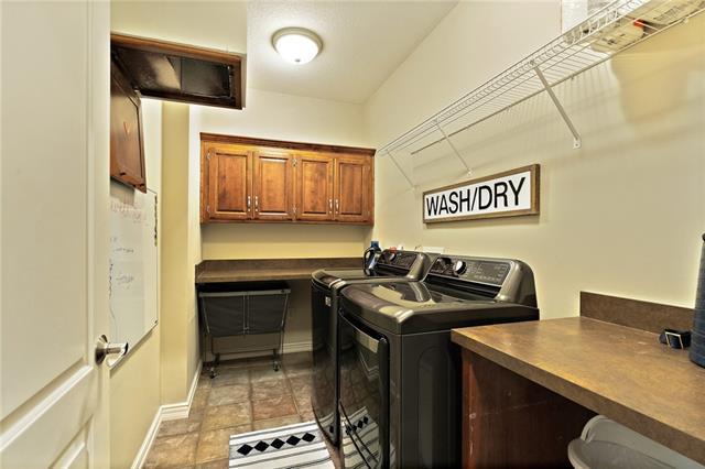 728 Winterwalk Lane Property Photo 27