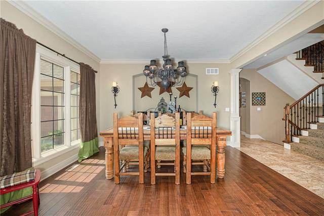 15516 Benson Street Property Photo 8