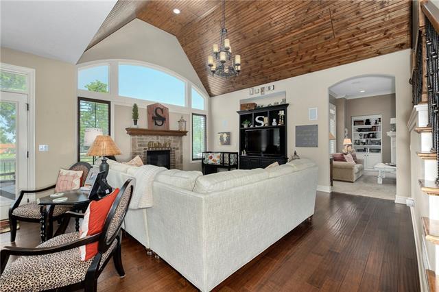 15516 Benson Street Property Photo 15