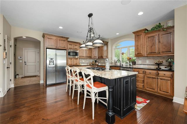 15516 Benson Street Property Photo 22