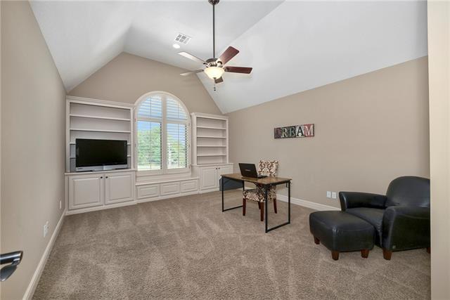 15516 Benson Street Property Photo 36