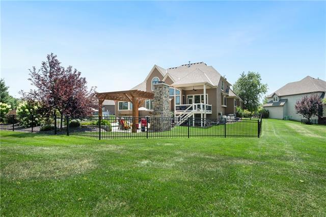 15516 Benson Street Property Photo 65