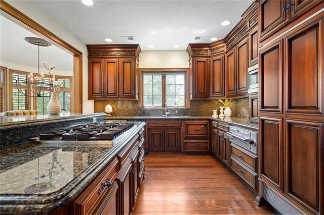 2845 W 111 Terrace Property Photo 24