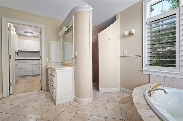 2845 W 111 Terrace Property Photo 31