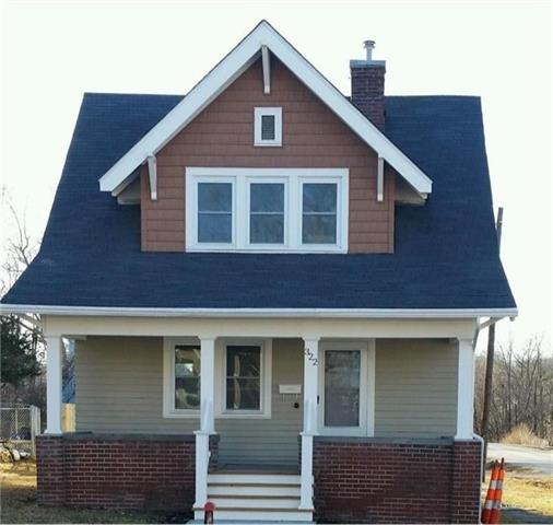 N 322 College Street Property Photo