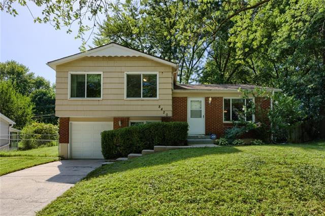8420 N Virginia Avenue Property Photo