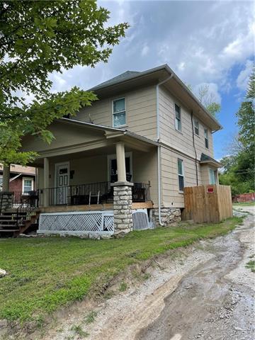 525 S Brookside Avenue Property Photo